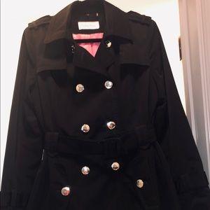 Calvin Klein. Black Trench-coat. Sz. M.